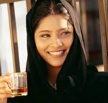 meisje met het uiterlijk van een moslima