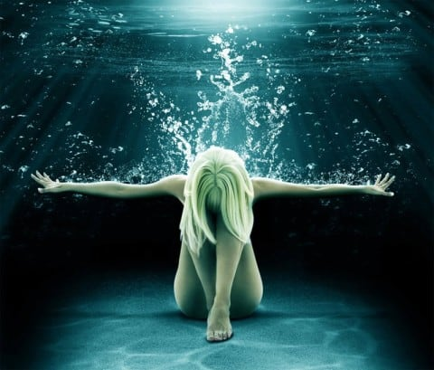 art-water-woman