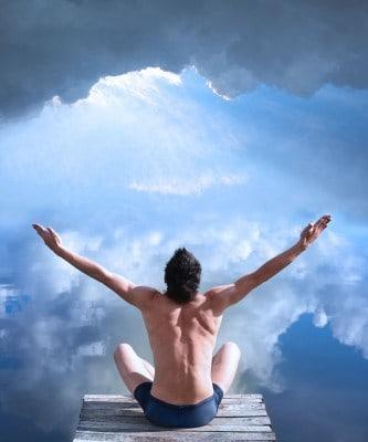 man-mediteert