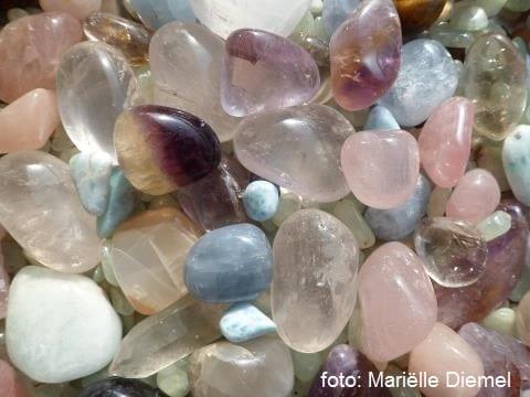 Nieuwetijdskind.com kristallen Werken met Kristallen; het Kristal Grid   Mariëlle Diemel