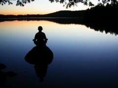 meditatie helpt bij angst en slapeloosheid