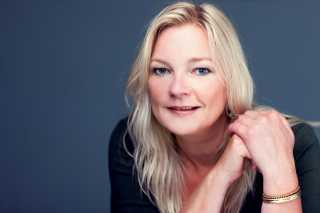 Angela Weghorst