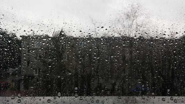 rouwen -raam-regen