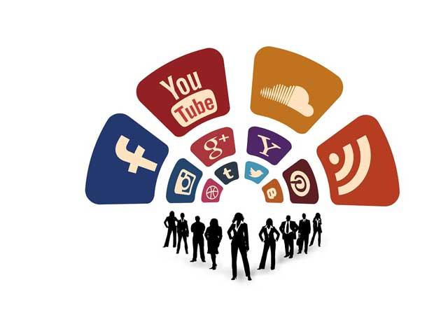 Over-de-invloed-van-de-media-op-ons-mensbeeld-en-onze-eigen-rol-hierin