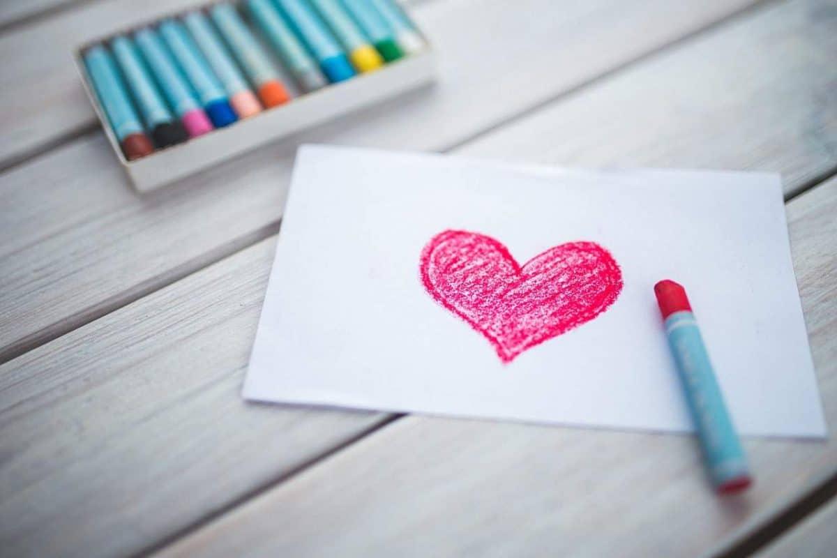 Hoe kan je vanuit je hart van iemand anders houden