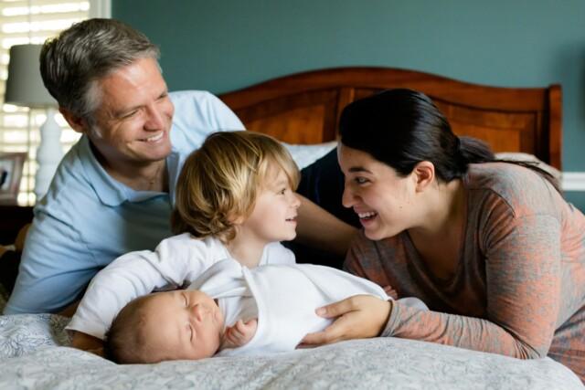 family-457235_1920