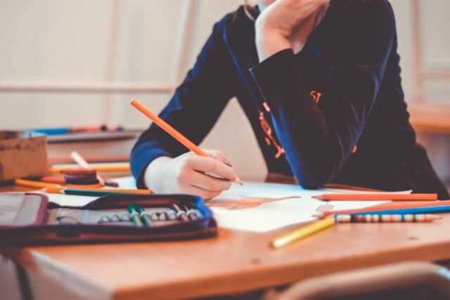 De moeizame strijd van de leerkracht in deze tijd