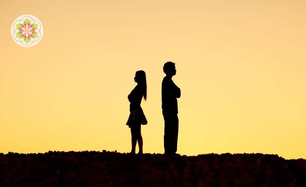 Zelfhaat versus zelfliefde