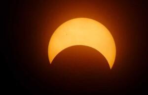 de gedeeltelijke zonsverduistering van zondag 6-1-2019