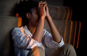 Een belangrijke mogelijke oorzaak van ziekte is de invloed van traumatische gebeurtenissen, die plaatsvonden lang voordat we ziek worden.