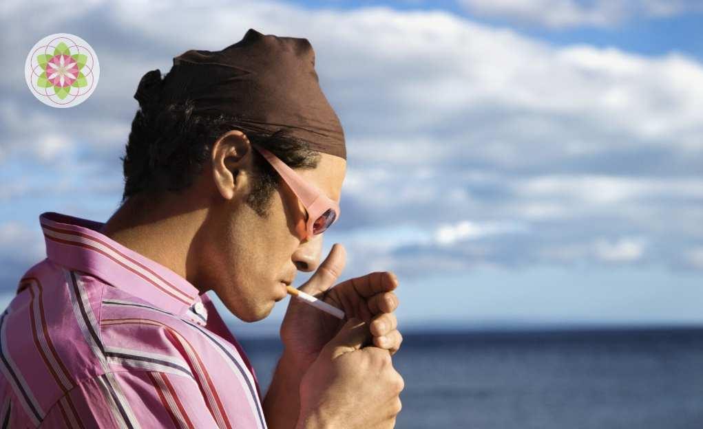 sigaret peuk oceaan